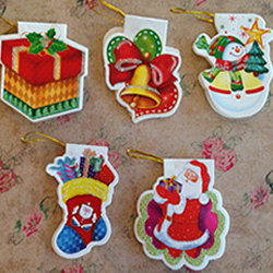 mixed xmas tags